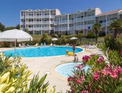 Location vacances avec piscine cote charentaise.