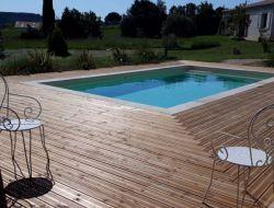 Gîte avec piscine à louer dans le Gard