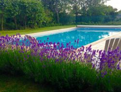 Gîtes avec piscine et jacuzzi dans l'Aveyron.
