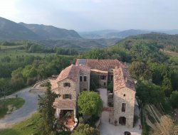 Holiday cottages near Pont d'arc near Labastide de Virac