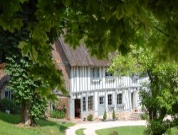 Rent of typical cottages for holidays in Normandy