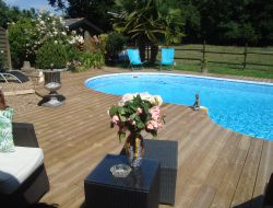 Holiday home with pool Loire Area near Chateau la Vallière