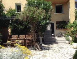 Location saisonni�re a Bellegarde (30)