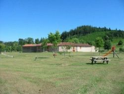 Holiday rental in Les Salles near Saint Georges de Baroille