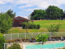 Village de gîte à Junhac dans le Cantal