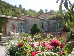 B&B in the south of the Drôme near Merindol les Oliviers