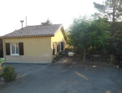 Self-catering holiday cottage in Aude department near Montazels