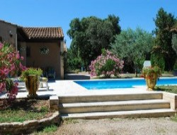 Self catering accommodation in Chateauneuf de Gadagne near Saint Rémy de Provence