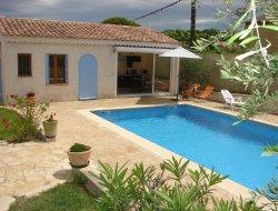 Gite de vacances avec piscine près d'Avignon