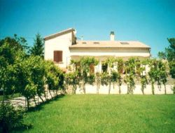 Holiday accommodation in Provence near Mallemort