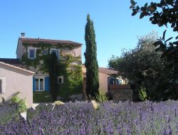 B&B in Lacoste near Lagnes