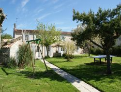 Self-catering cottages in Charente Maritime. near Puyravault
