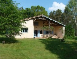 Holiday cottage in the south of Gironde. near Preignac