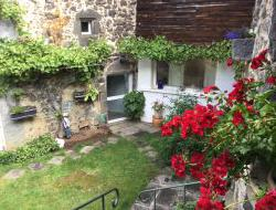 Holiday cottage close to Vulcania in Auvergne near Saint Priest des Champs