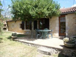 Self-catering cottage close to Bergerac near Saint Philippe du Seignal