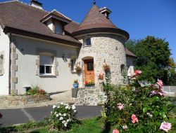 Bed and Breakfast close to Clermont Ferrand. near Neschers