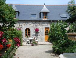 Holiday rentals close to St Brieuc. near Saint Trimoel