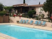 location gite pr�s de La-Tour-d-Aigues