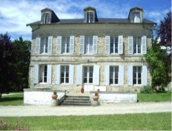 Manor for holidays in Charente Maritime near Villars en Pons