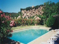 Self-catering with pool in the Var, France.