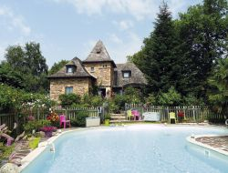 B & B with swimming pool in Aveyron