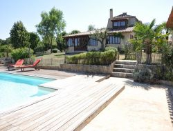 Holiday house with pool in Dordogne near Saint Felix de Reillac