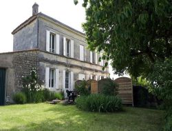 Self-catering house in Bordeaux Vineyards.