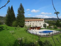 Self-catering gites in Auvergne. near Aix la Fayette