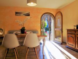Self-catering gites in the Vaucluse, France. near Bédoin