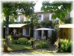 B&B in Saint Hippolyte Charente Marit near Chatelaillon Plage