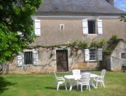 Holiday cottage in the Lot. near Saint Denis les Martel
