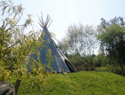 Unusual holiday in teepee in Brittany near Baguer Morvan