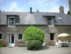 Country cottage in Ille et Vilaine. near Baguer Morvan