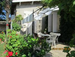 Bed & Breakfast near Bordeaux in Aquitaine. near Saint Pey de Castets