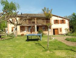 Holiday cottage close to Castelsarrazin in Midi Pyrennes near Puycornet