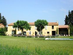 Holiday home close to Avignon in France near Cabannes