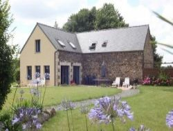 Seaside holiday cottage in Brittany. near Plougonven