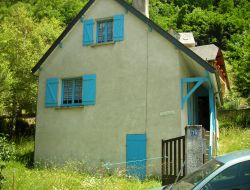 Holiday accommodation in Pyrenean ski resort. near Esquieze Sere