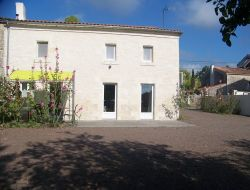 Holiday accommodation close to Rochefort and La Rochelle. near Saint Saturnin du Bois