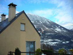 Holiday home close to Luz Ardiden ski resort.