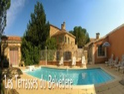 Holiday home with pool in the Provence vineyard. near Villedieu