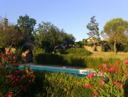 Holiday homes with pool in the Quercy, France.