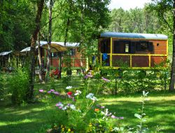 Stay in a gypsy caravan in Dordogne. near Les Lèves et Thoumeyragues