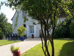 Holiday home for a group in the Loire Valley. near Dame Marie les Bois
