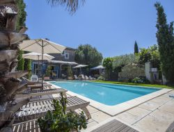 Holiday accommodations with pool in Herault.