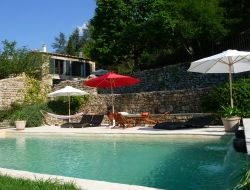 Holiday cottages with pool in Southern Ardèche near Laurac en Vivarais