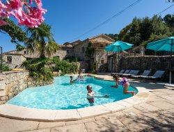 Location de vacances pour 20 personnes en Ardèche