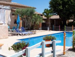 Holiday rentals near Nimes inthe Gard, Languedoc Roussillon. near Vezenobres