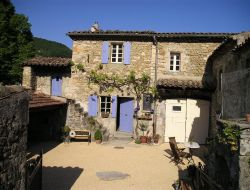 Holiday accommodation in Drome. near La Repara Auriples