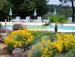 Hébergements de vacances avec piscine en Ardèche